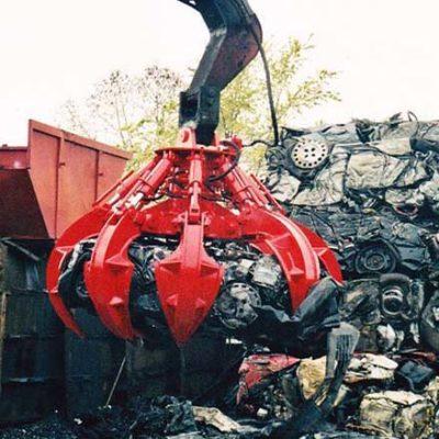 Polipo idraulica al lavoro - Verdelli International